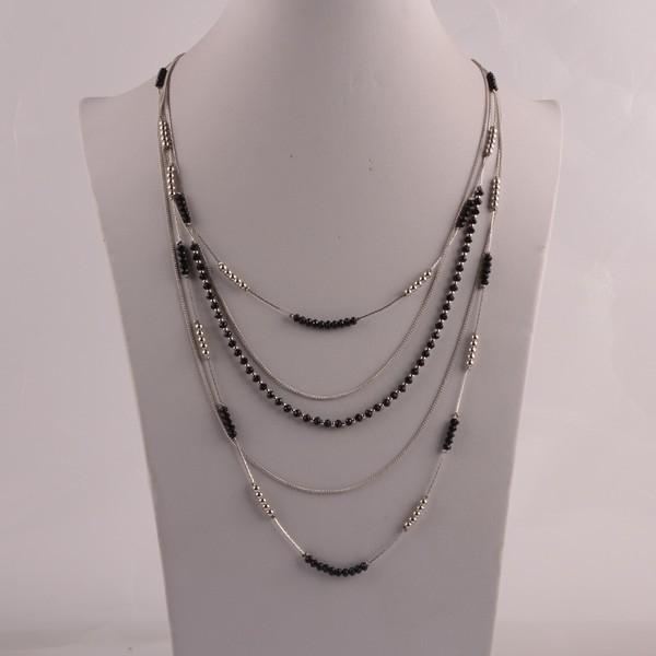 Multilayer long necklace