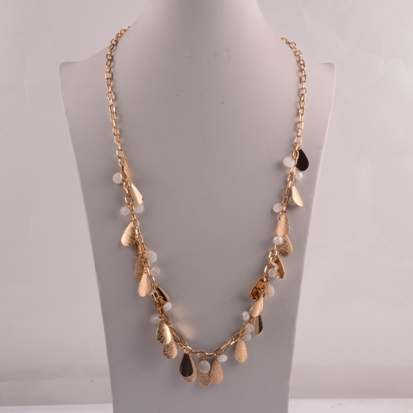 907453 Lady Long Necklace