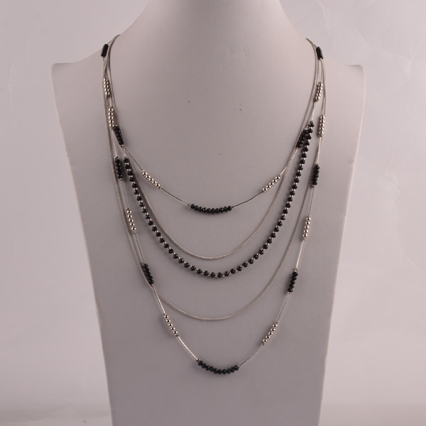 907454 Lady Layered Necklace