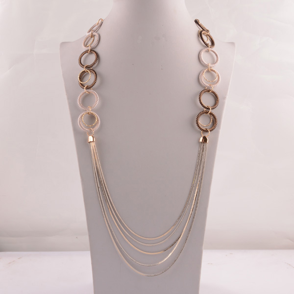 907495 Lady Long Necklace