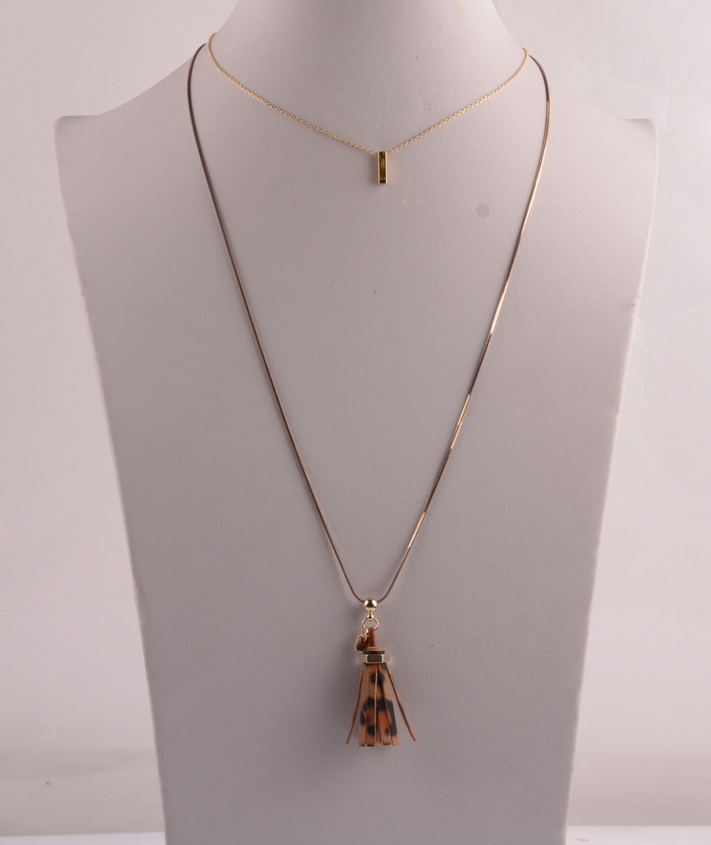 907529 Lady Long Necklace