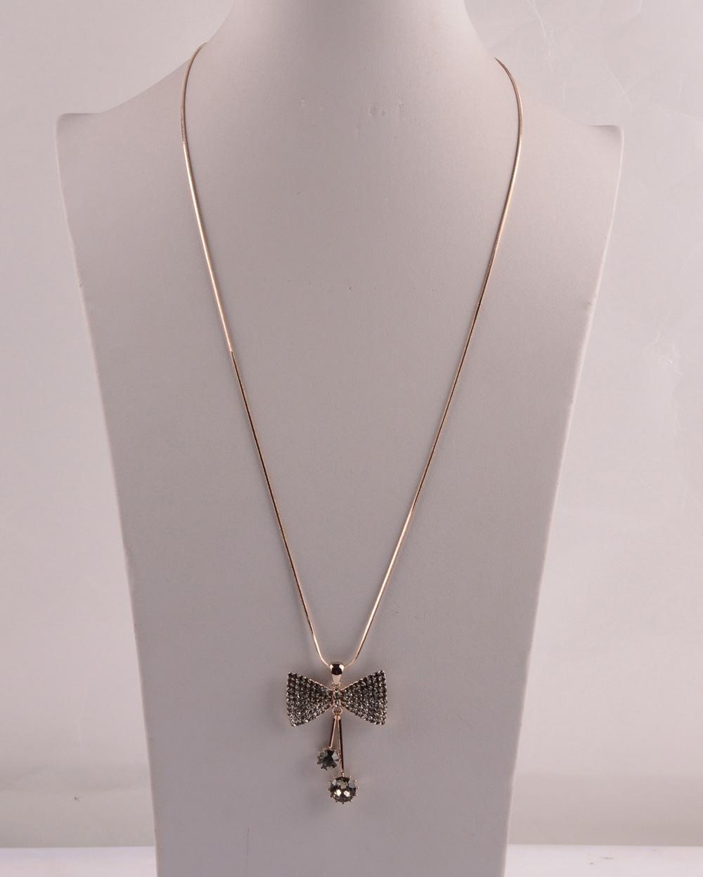 907530 Lady Long Necklace