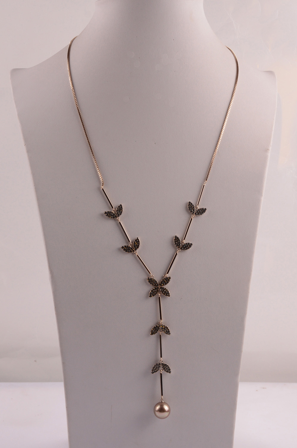 907540 Lady Long Necklace