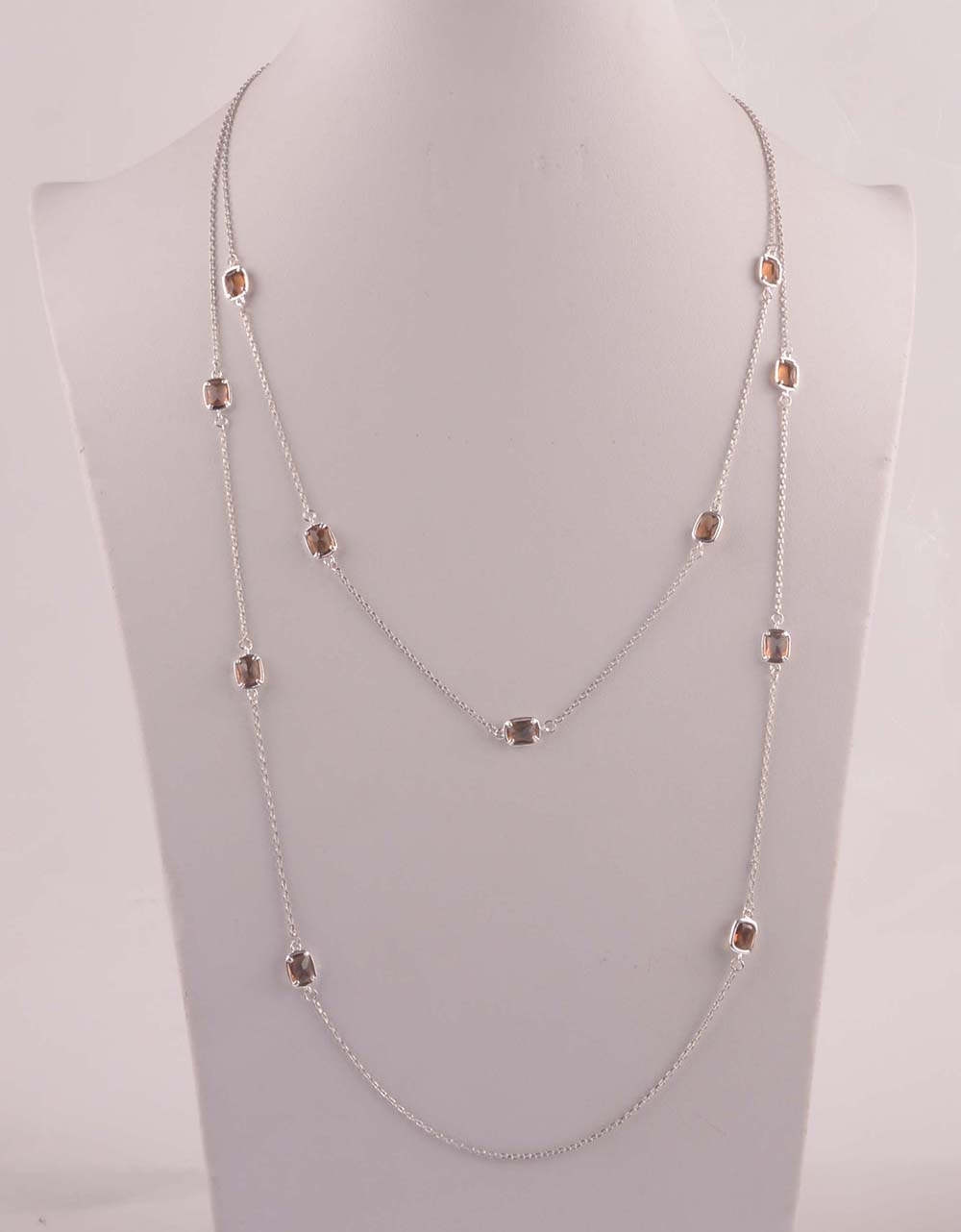 907550 Lady Long Necklace
